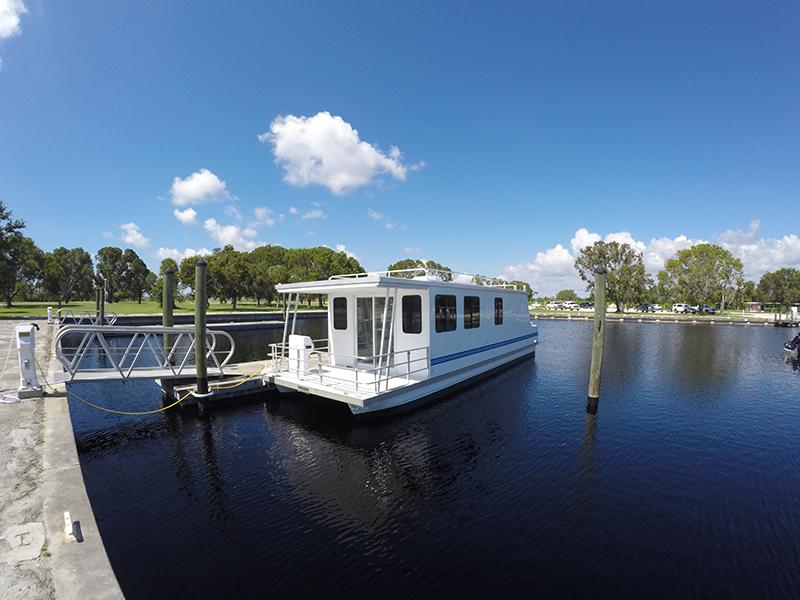 Houseboats Everglades Flamingo